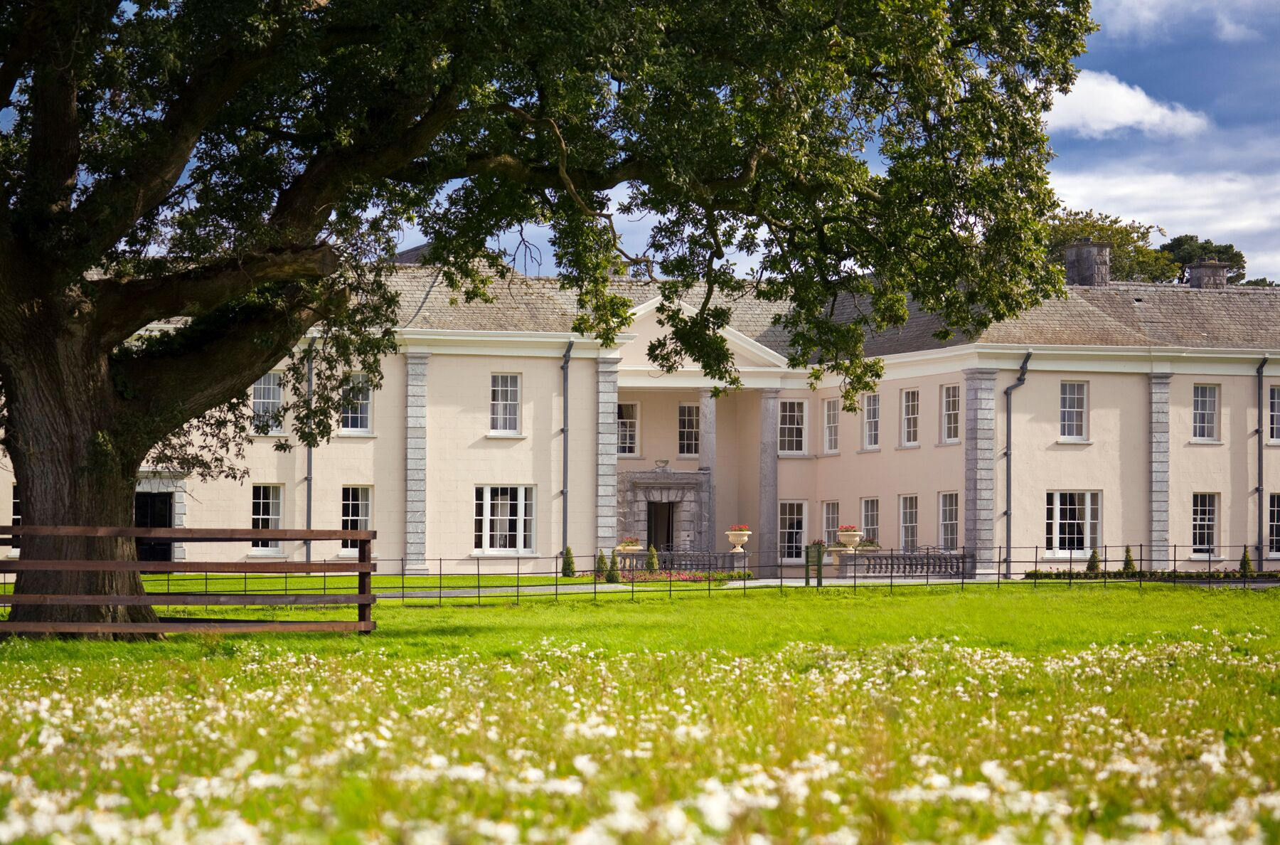 Castlemartyr Resort have some lovely ways to treat your mum this Mother's Day