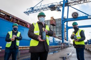 From Local to Global – Kinsale Gin Departs Port of Cork for China